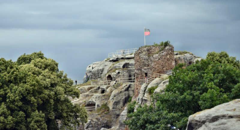 Burgen & Schlösser im Harz - Burgruine Regenstein